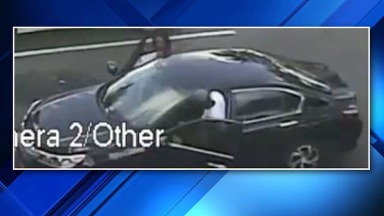 Thieves Who Stole Fragrances From North Lauderdale Walgreens