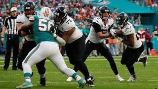 Blake Bortles rallies Jaguars past Dolphins 17-7