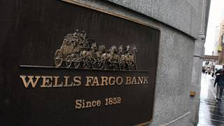 Wells Fargo billing glitch infuriates customers