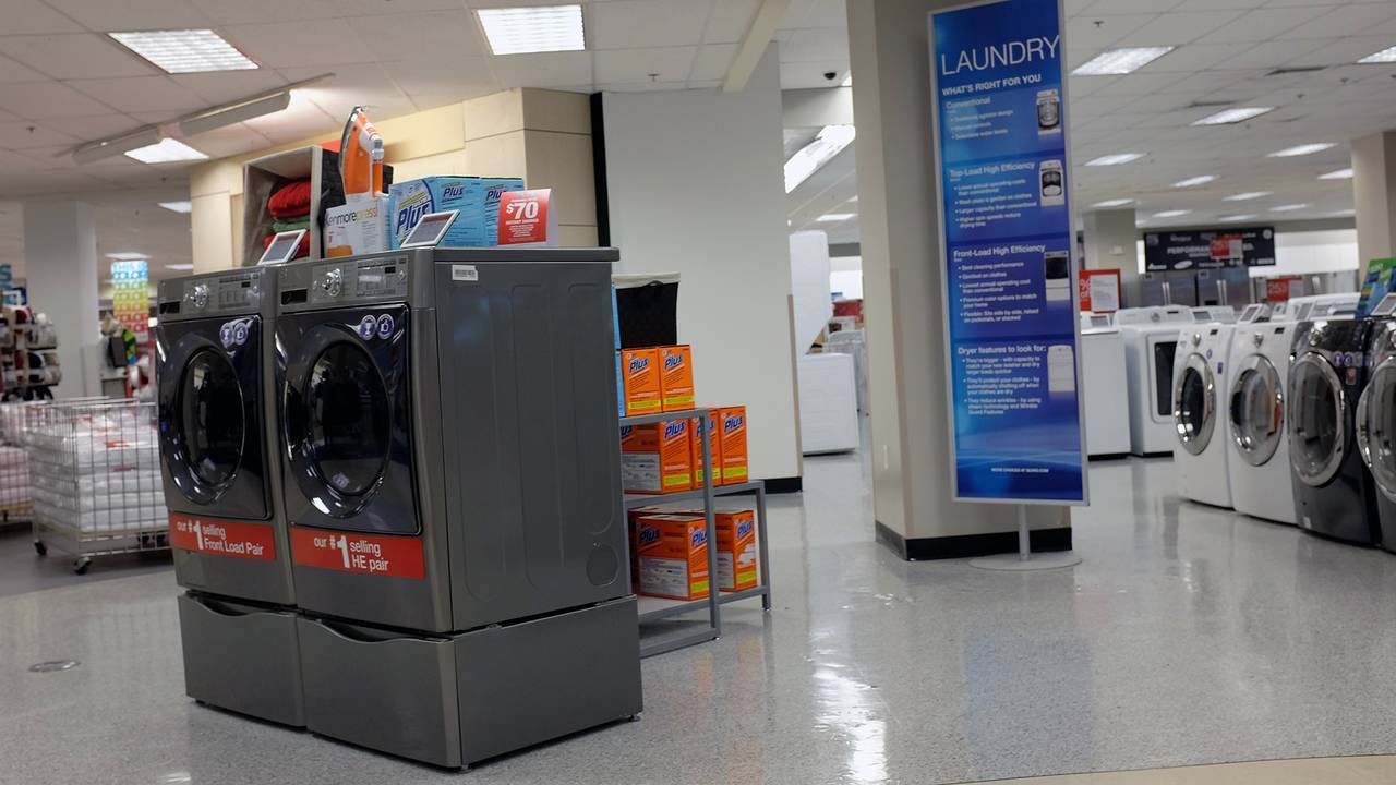 Sears Ceo Lampert Offers 400 Million For Kenmore