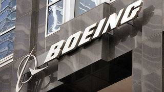 Dow sinks 200 points as Boeing's stock tanks
