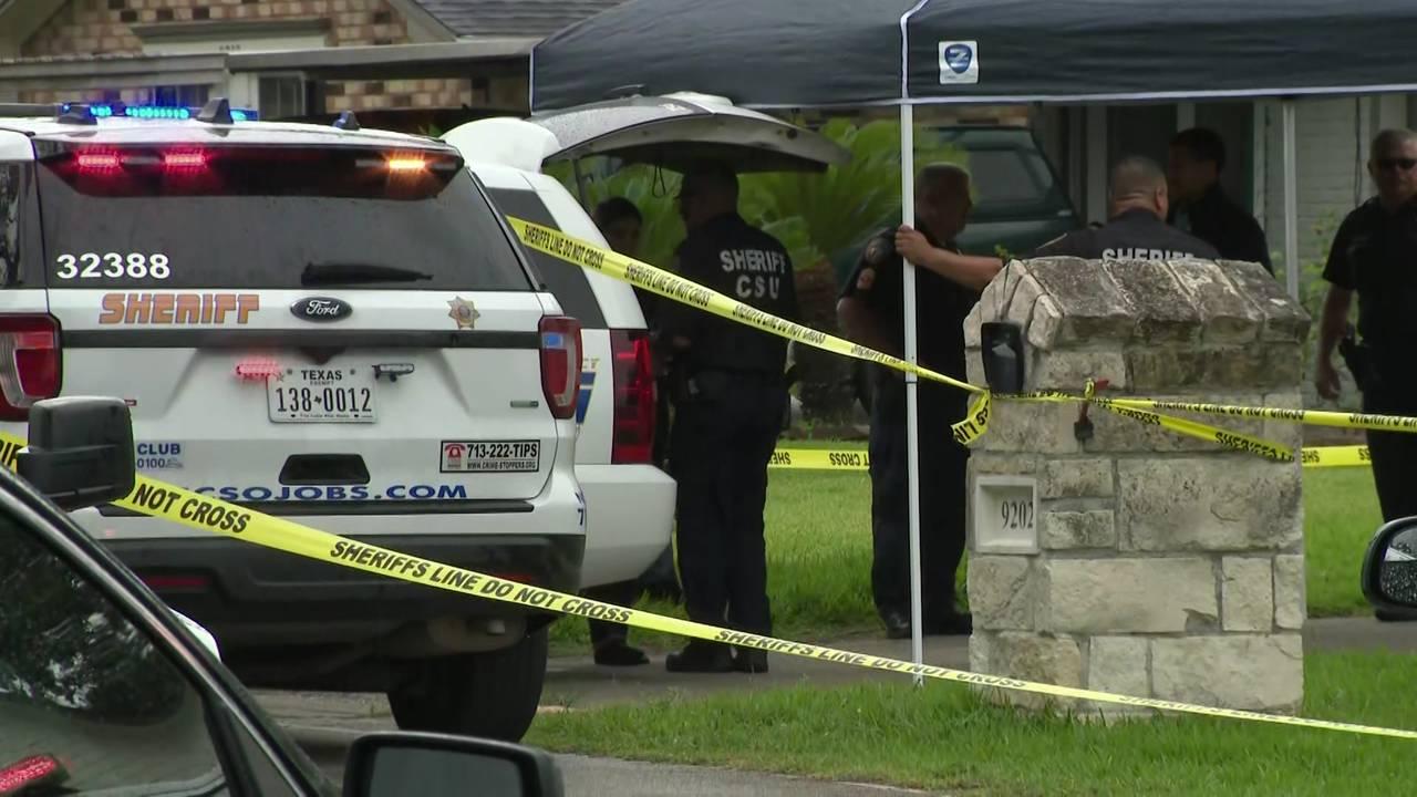 homeowner shoots intruder Rockcliff Drive 062519