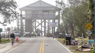 Lone remaining hurricane shelter closes in Florida county