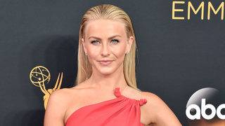 Julianne Hough mourns her dogs' deaths in touching Instagram tribute