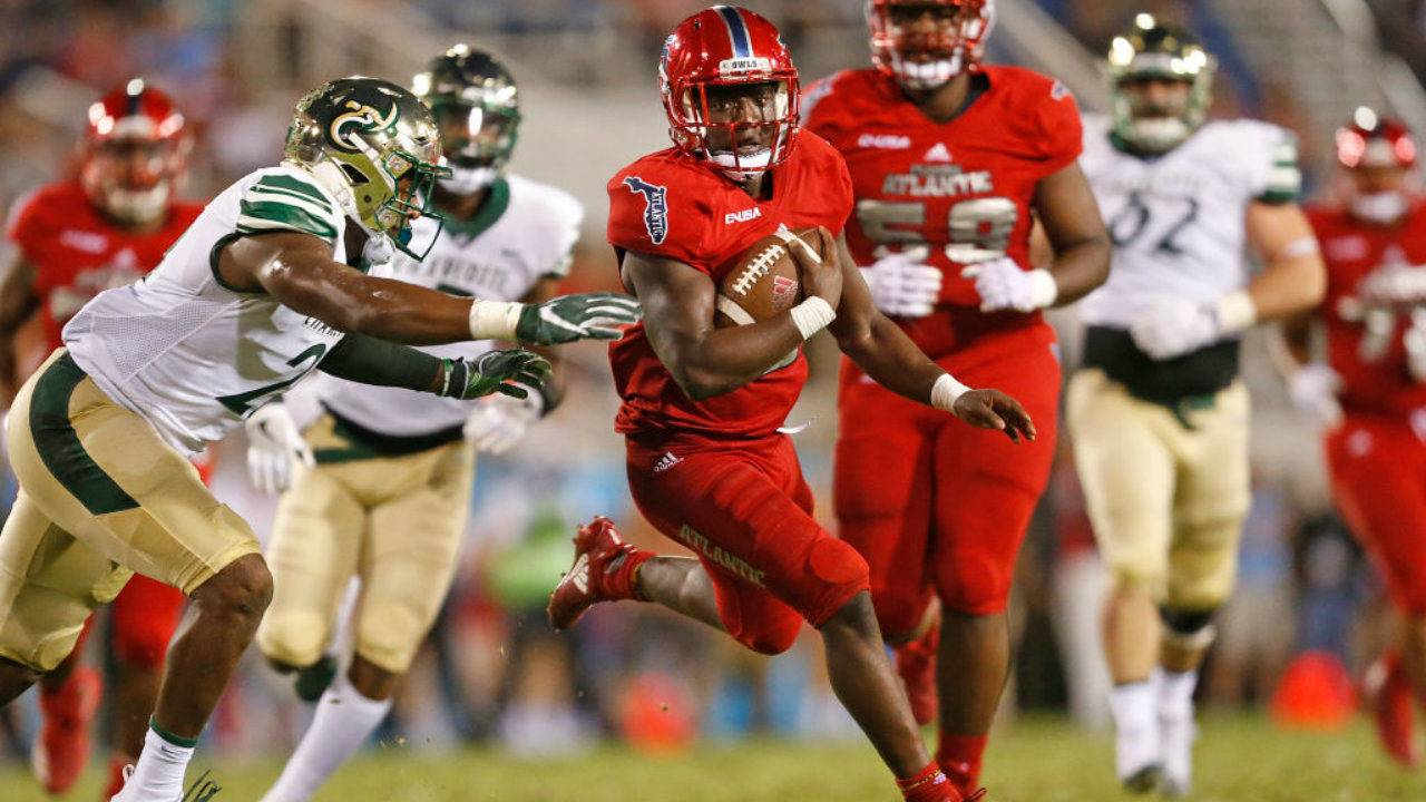 Fau Running Back Devin Singletary Leaving Early To Enter Nfl