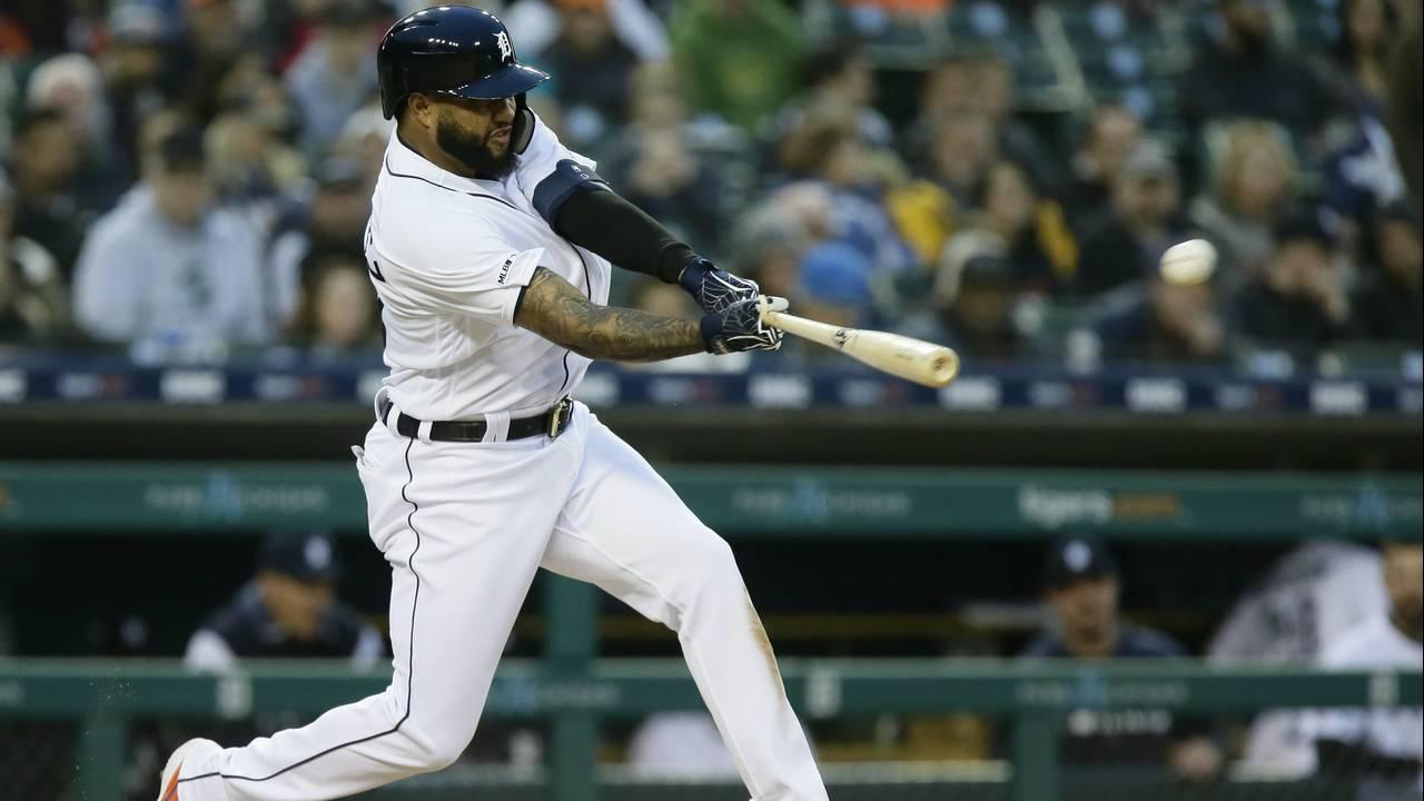 Ronny Rodriguez Detroit Tigers vs Royals 2019