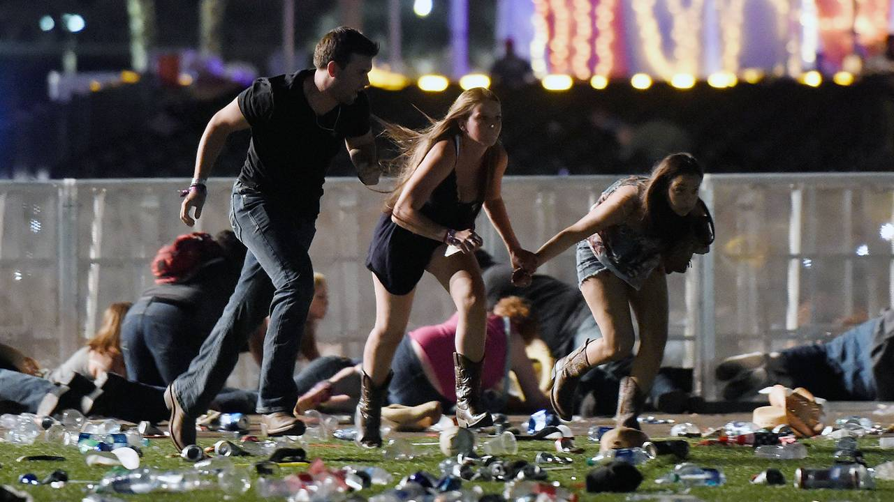 Las Vegas Shooting Running for Cover-75042528.jpg36637705