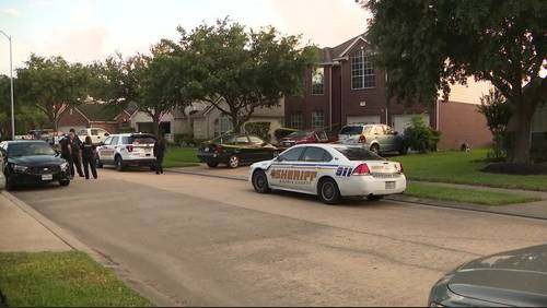 Child critical after being found unresponsive in pool in Katy area, sheriff says