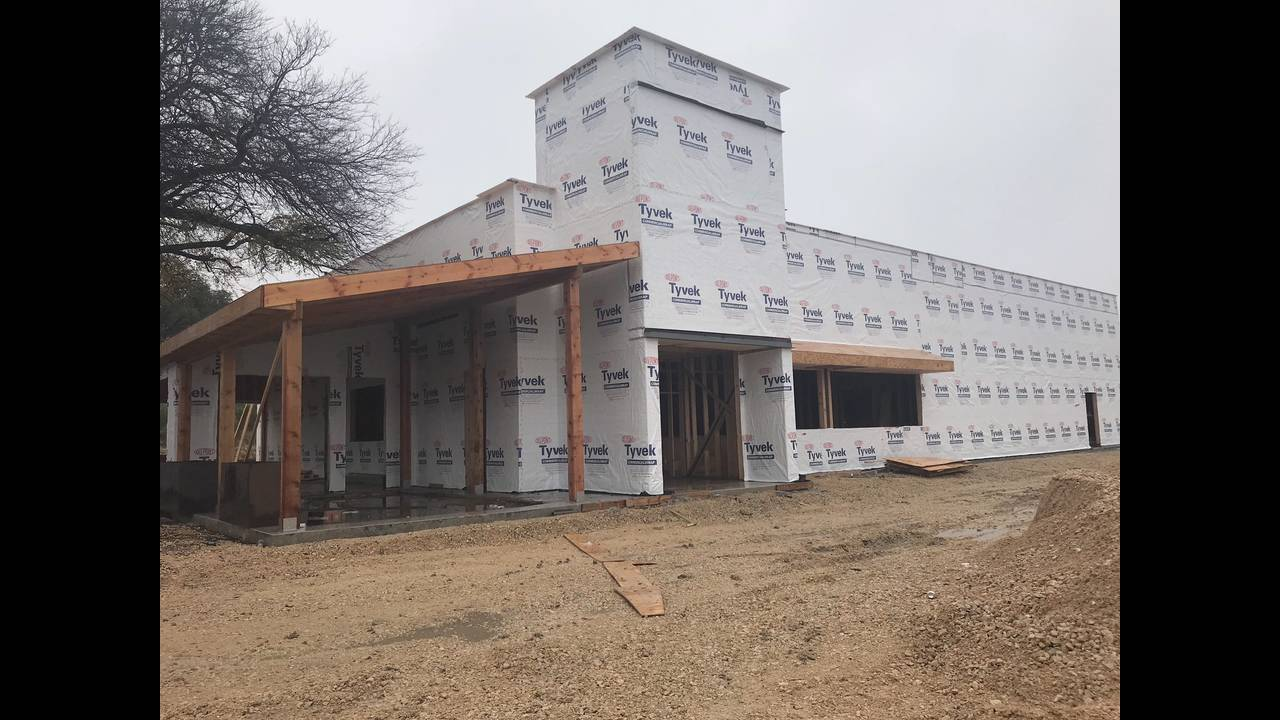 Progress on the Plucker's building as of Dec. 19