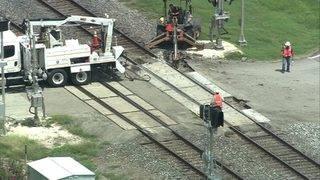 Train derailment near Sugar Land closes several railroad crossings