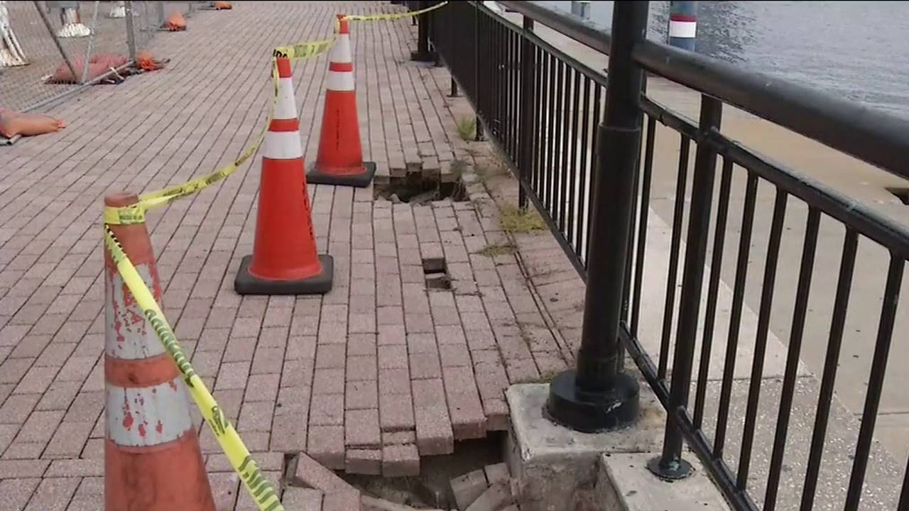10-08 Crumbling Riverwalk 1