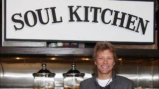 Jon Bon Jovi offers free meals to unpaid federal workers