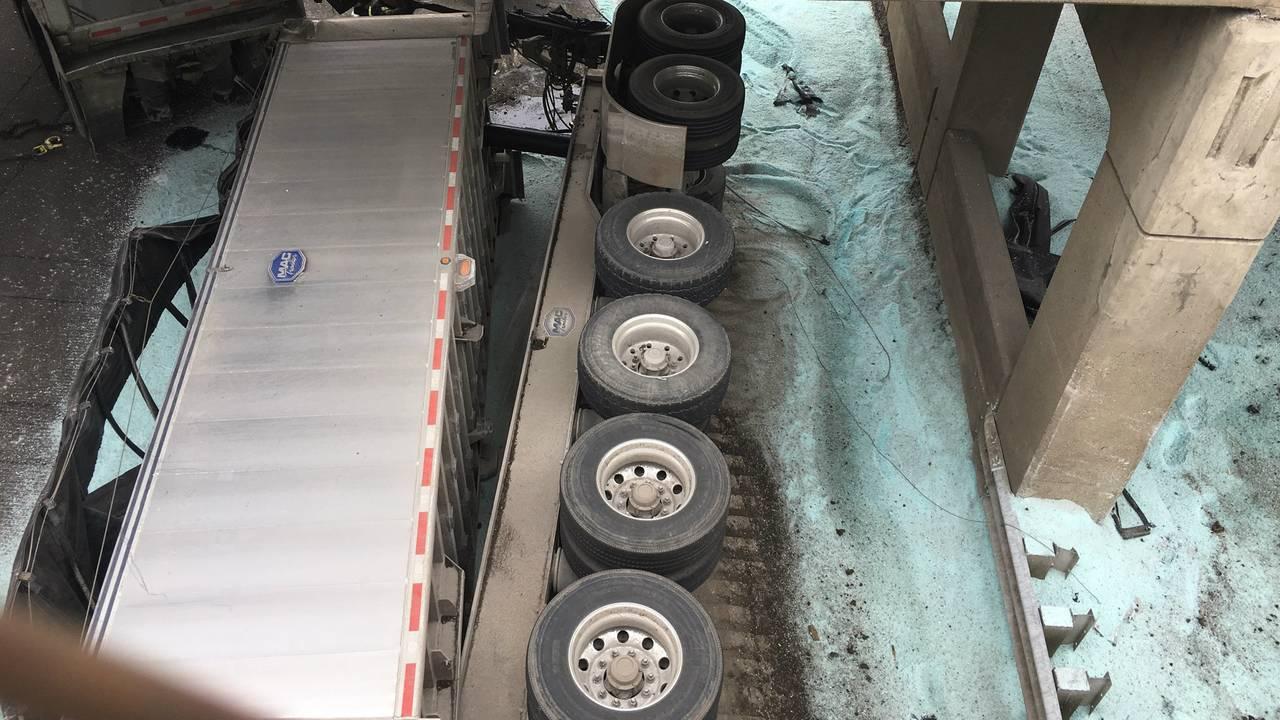 FSalt truck one_1550347230068.jpg.jpg