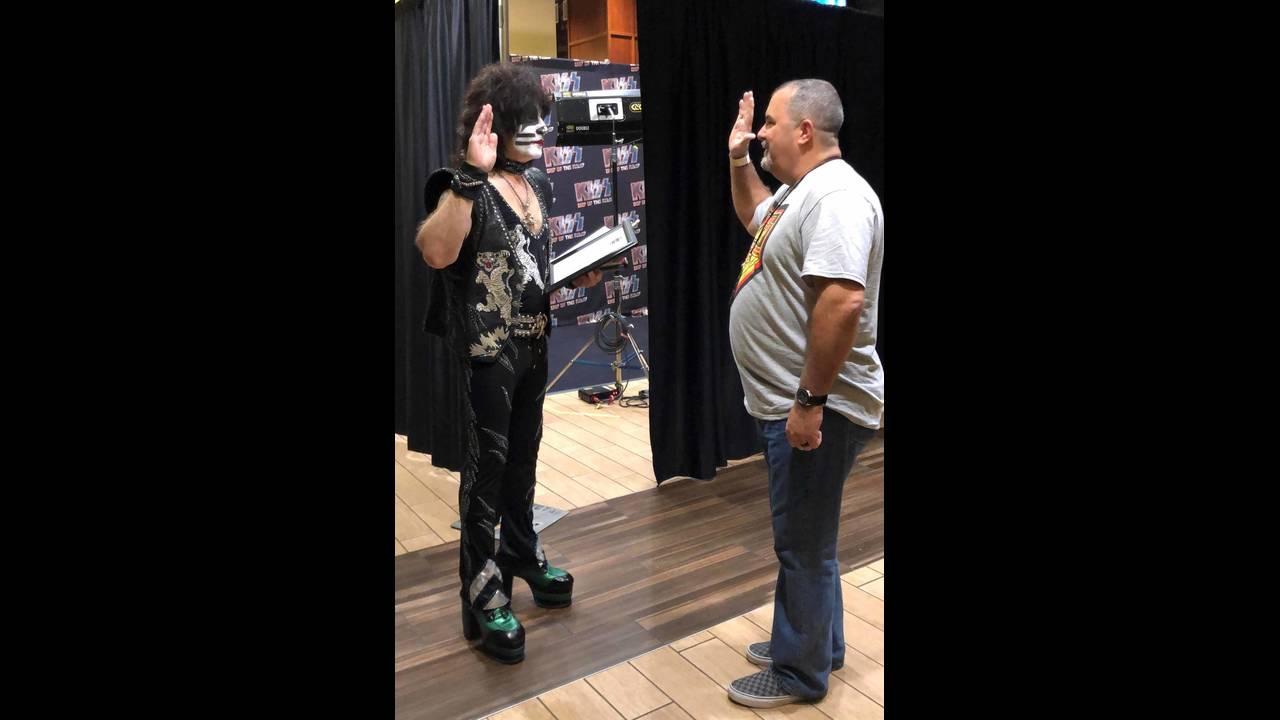 Kiss drummer 1_1568147947548.jpg.jpg