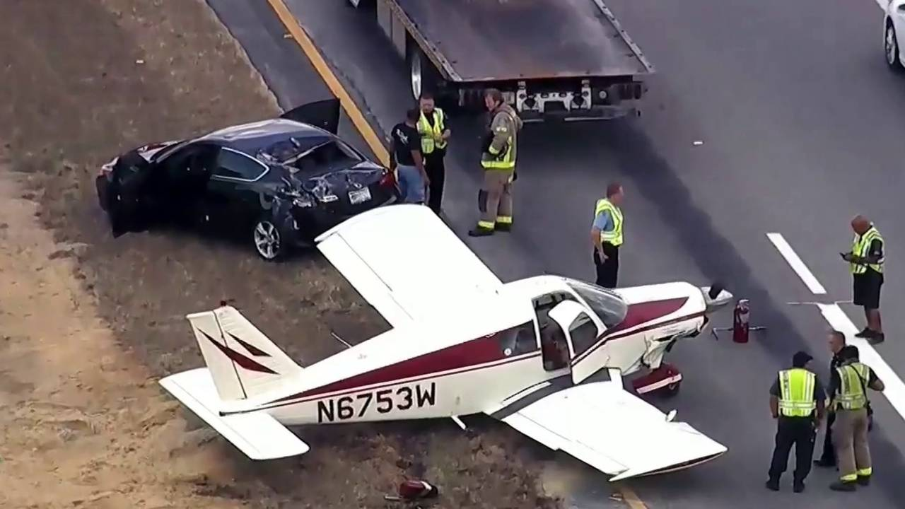 Plane_makes_Emergency_landing_in_Orange_County_1558064637438.jpg