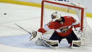 Panthers keep playoff hopes alive in Luongo's 1,000th game