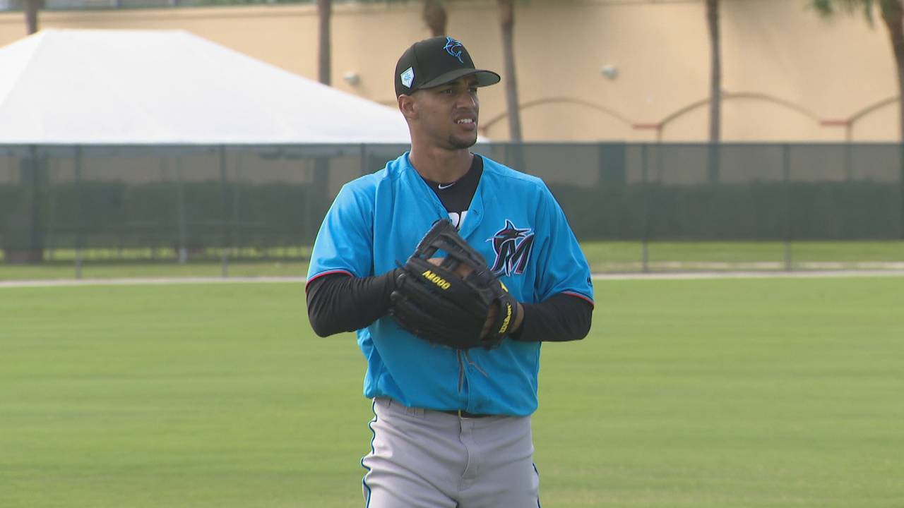Victor Victor Mesa working out at Marlins camp in Jupiter