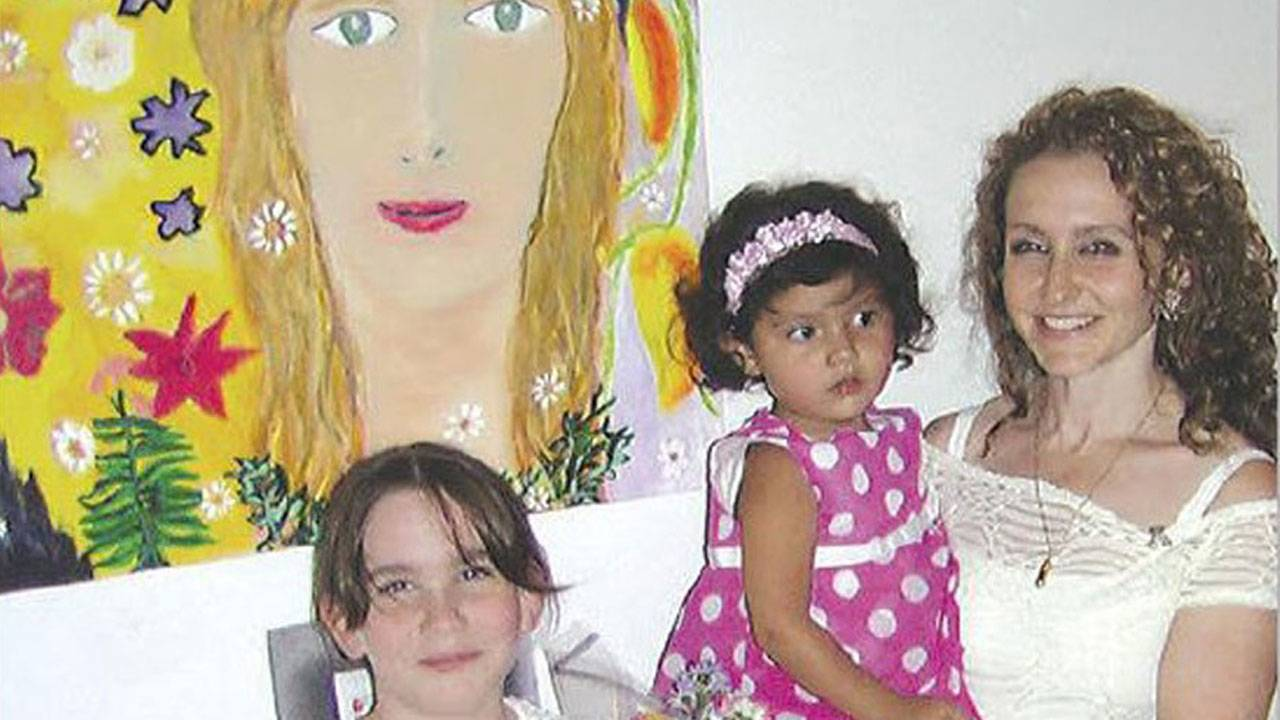 Felicia Marie Knaul and daughters