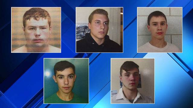 5 teens charged in I-75 rock-throwing death