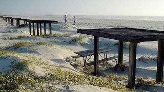 Mustang Island State Park reopens for camping for first time since…