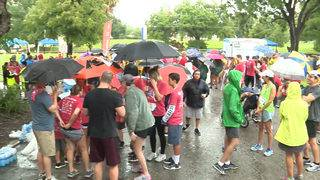 Hundreds turn out for Head for the Cure&#x3b; More than $82,000 raised