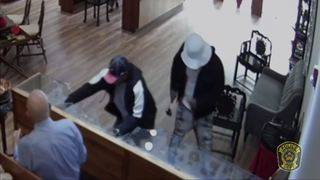 Men wanted in $2M jewelry heist at Sugar Land store