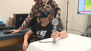 Physical therapy professor uses virtual reality to provide pain management