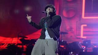 Eminem offering 'mom's spaghetti' in Detroit