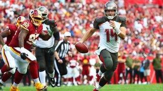 Smith throws for 178 yards, TD&#x3b; Redskins beat Bucs 16-3