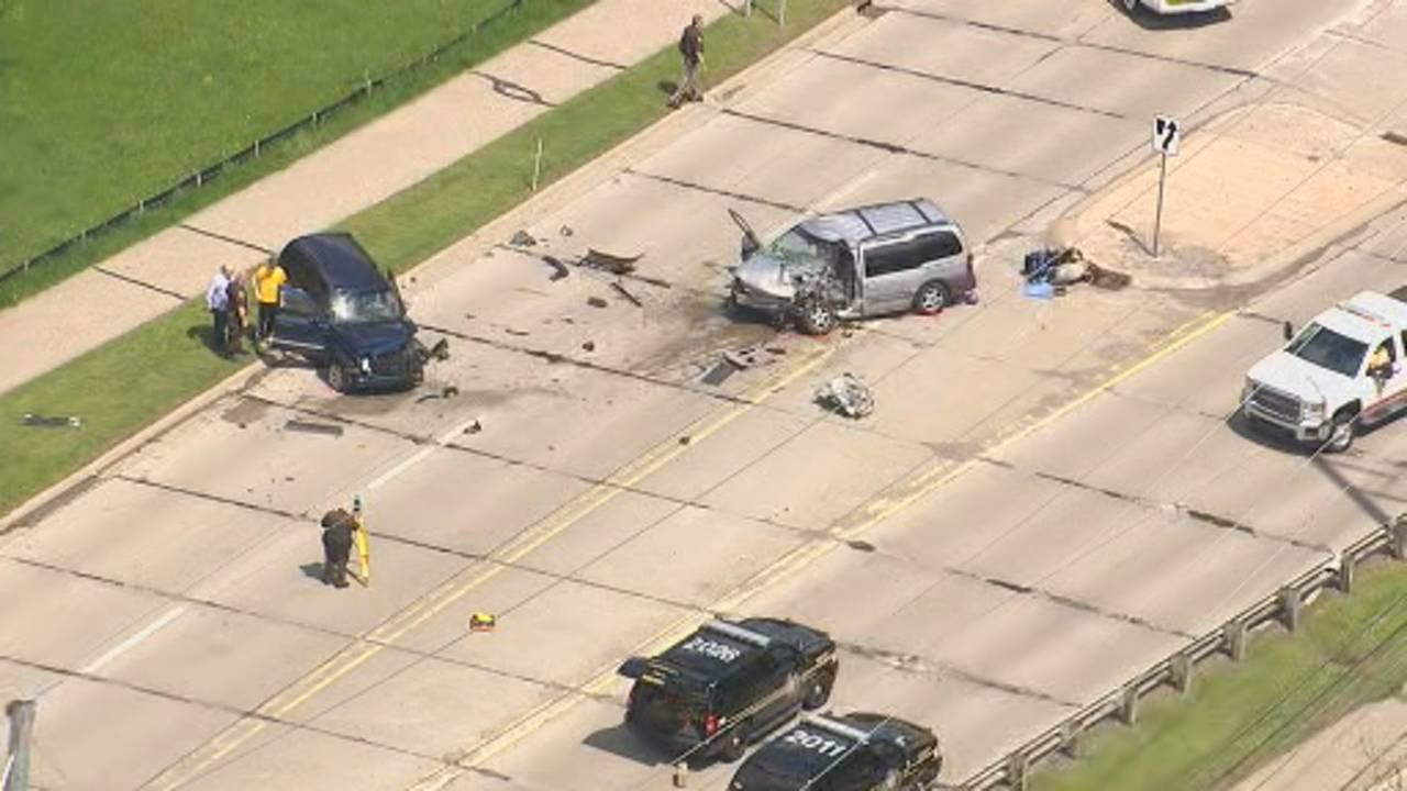 Livernois Road crash in Rochester Hills