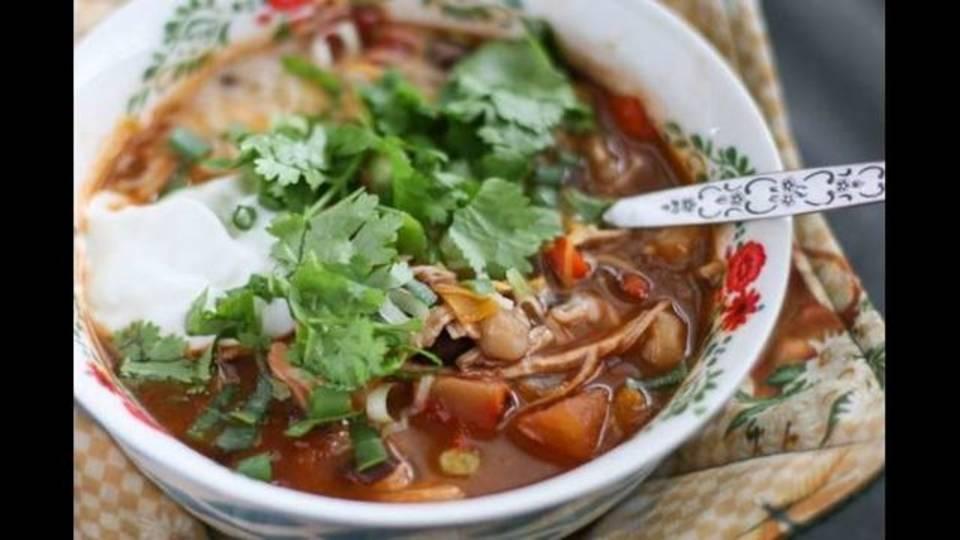 Chicken_Tortilla_Soup_Recipe_Aggies_Kitchen-2-640x426_1543604995734.jpg