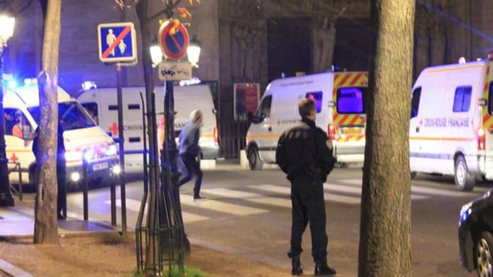 Paris attack 9_1479070385540.jpg