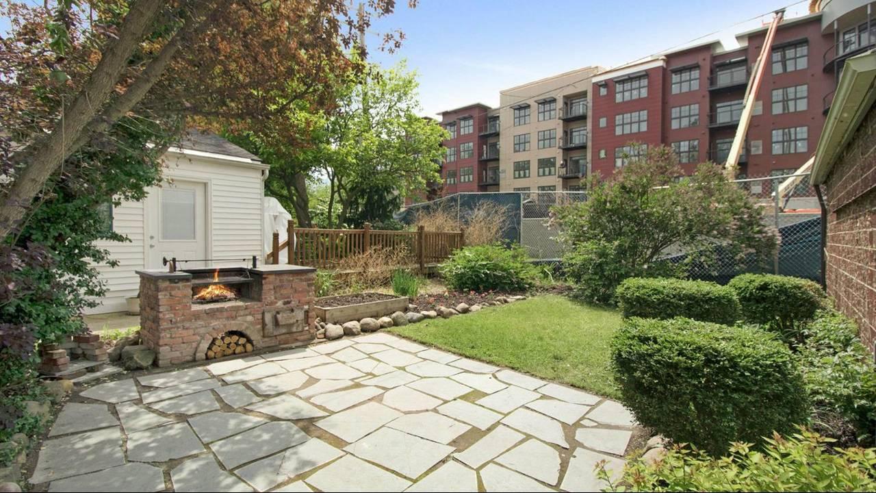 525 N Ashley Street backyard