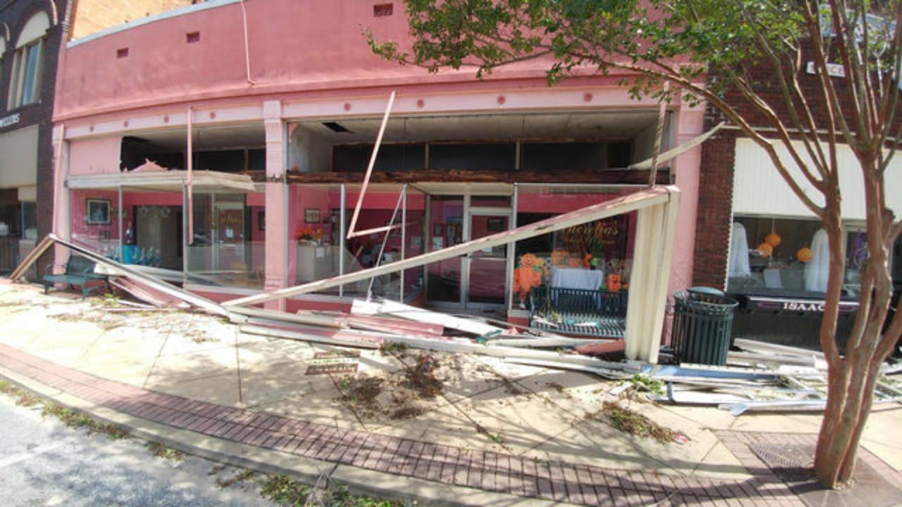 Damage-in-Bainbridge_1539279996095.jpg