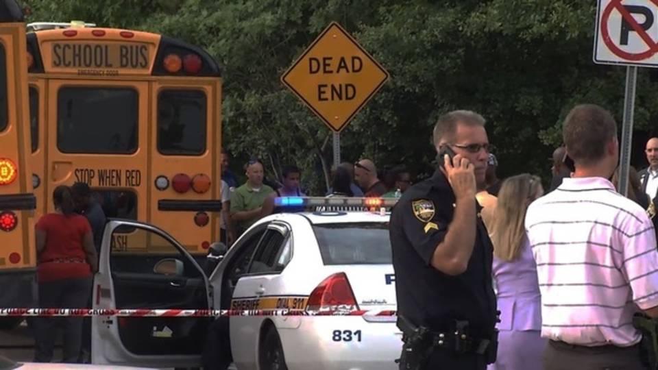 School-bus-shooting-10-jpg.jpg_33030646