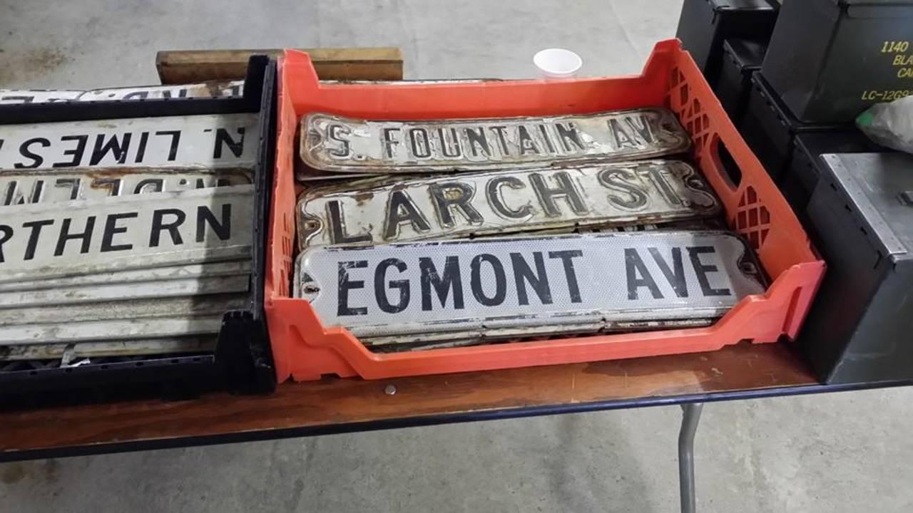 Ann Arbor Antiques Market signs
