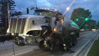 Tanker truck crashes into median in Fort Lauderdale