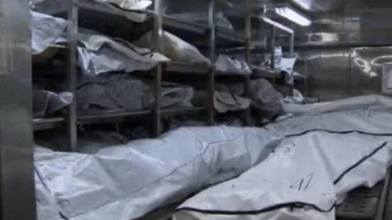 Bodies in bags Wayne County morgue 1_25943232