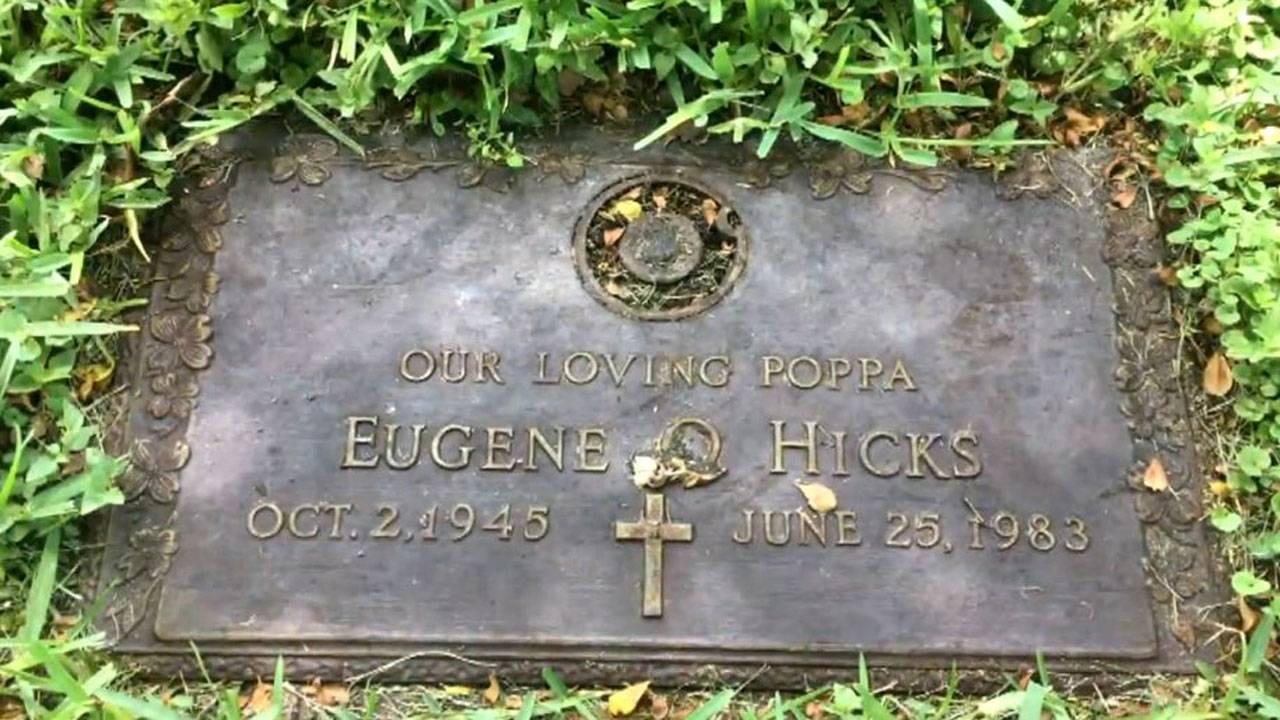 Eugene Hicks thomb stone