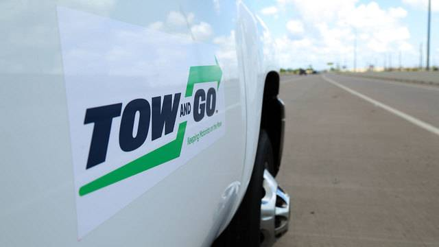 This New Program Will Tow Your Broken Down Car Off Houstons Freeways For Free