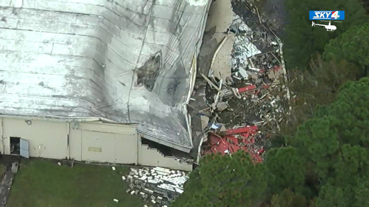 Aerials-of-roof-collapse_1543859635386.jpg