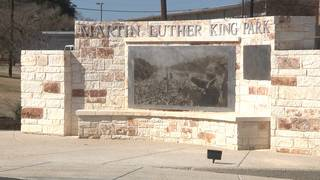 Architects complete monument honoring MLK ahead of San Antonio march