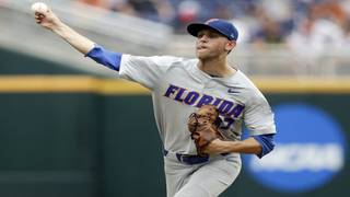 Gators oust Texas in College World Series