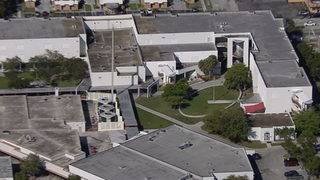 Late student jumping fence leads to school scare in Broward County