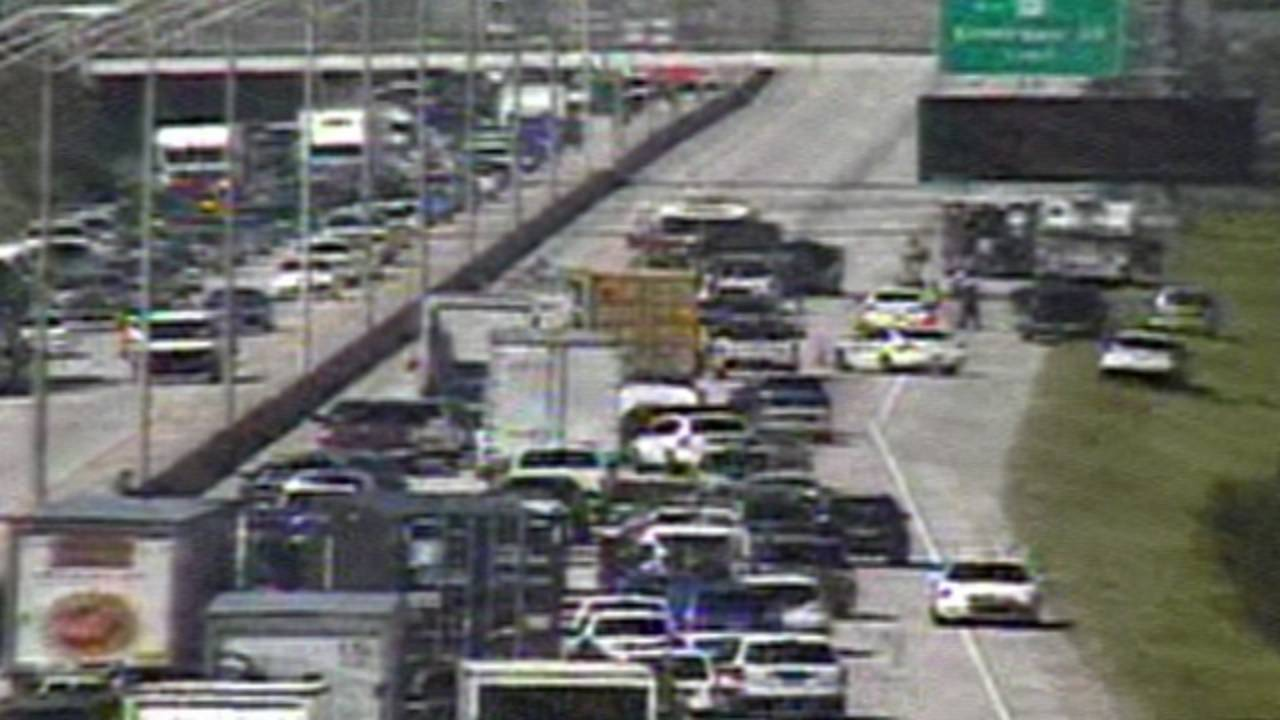 Car flips, catches fire on I-95_29166382