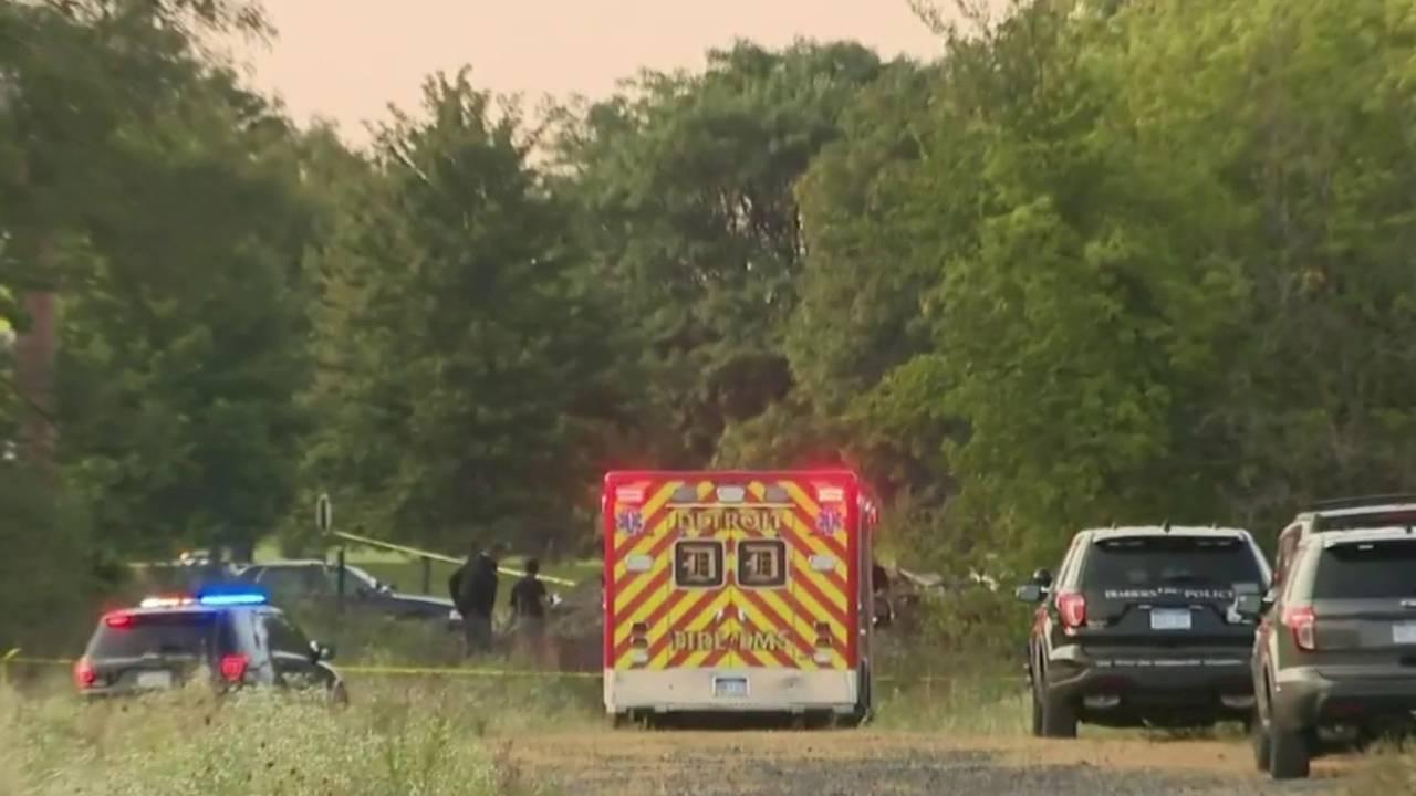 Body found in field along Paul Avenue in Dearborn_1569001637584.jpg.jpg