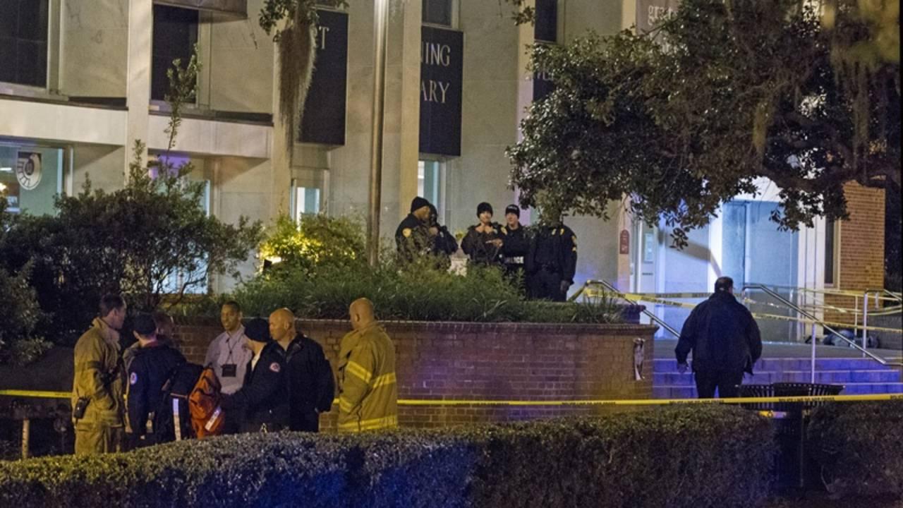 AP photo of FSU campus shooting_29834874