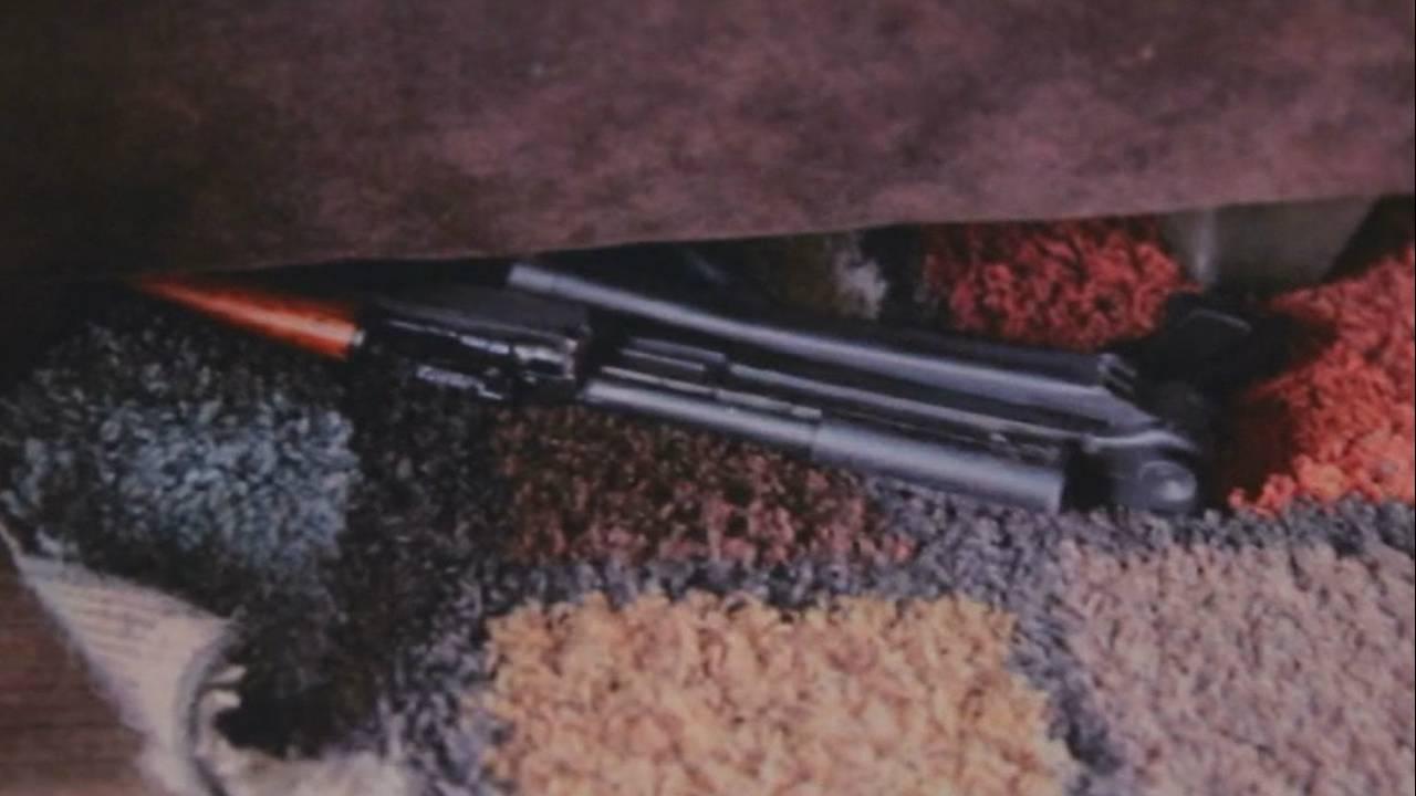Detroit dad drug dealer gun under couch