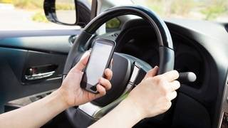 Study: States with texting-and-driving bans see crash reductions