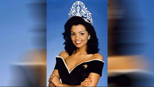 Friends gather in Deer Park to remember beauty queen Chelsi Smith
